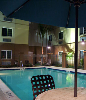 Fort Myers-Sanibel Candlewood Suites Extended Stay Hotel